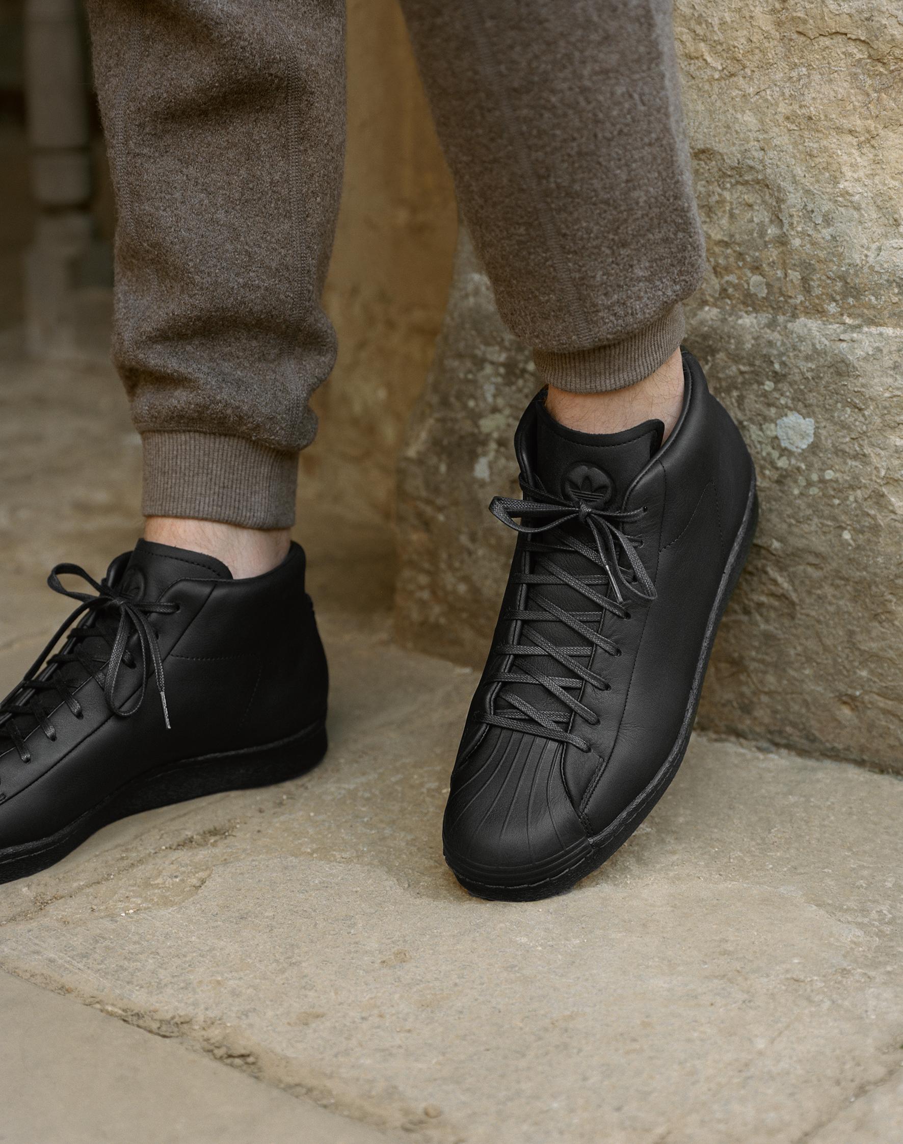 BL_Adidas_R40_F11 001